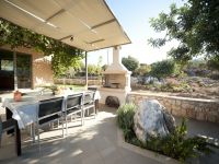 serenity_outdoor_dining_area